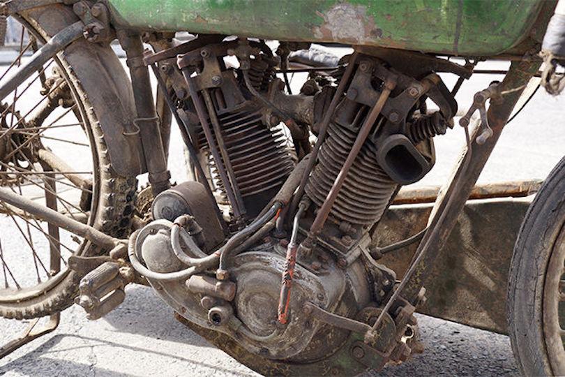 Harley-Davidson FHA 8-Valve Racer | The Vintagent