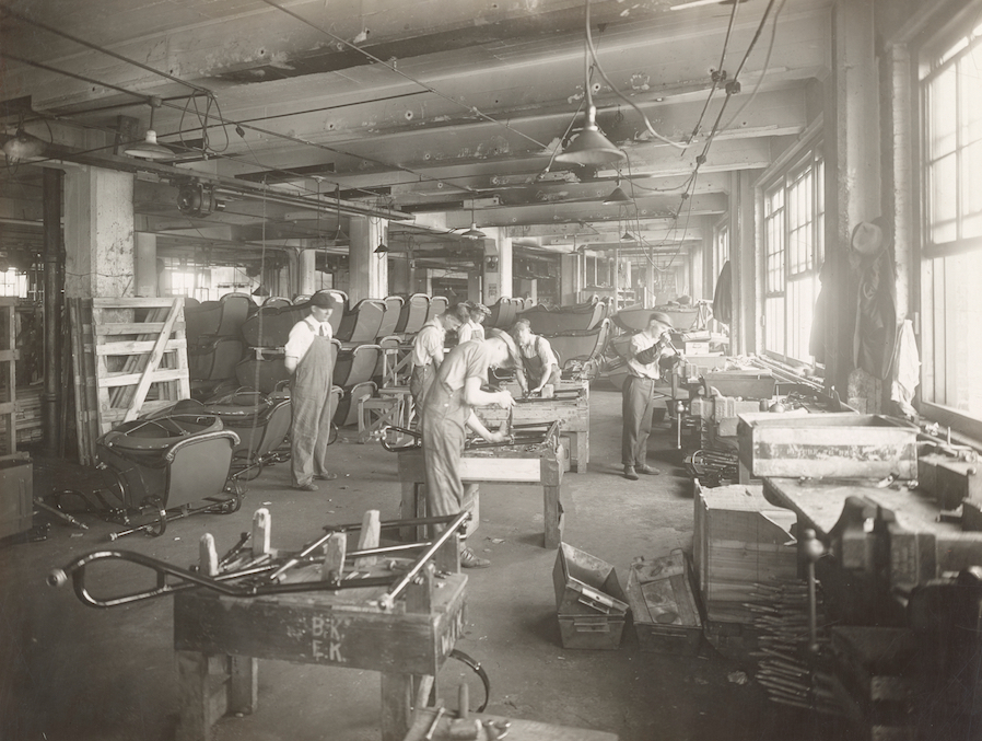 100 Years Ago Harley-Davidson Factory 1918 | The Vintagent