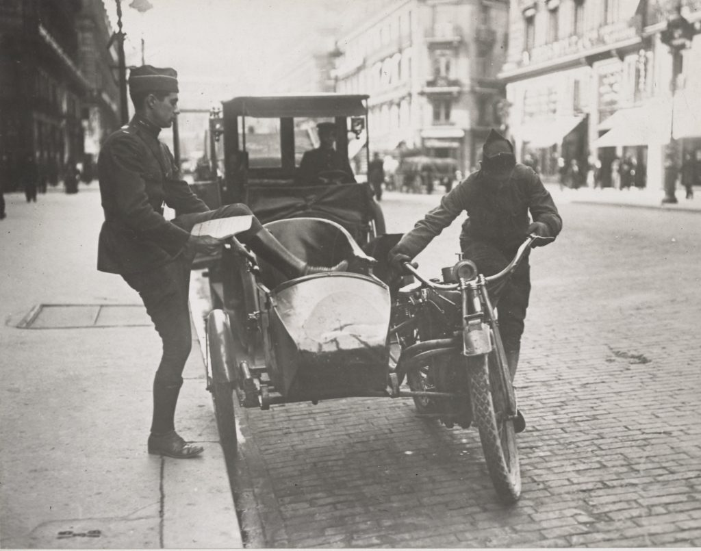 100 Years Ago: Motorcycle Ambulances in WW1 | The Vintagent